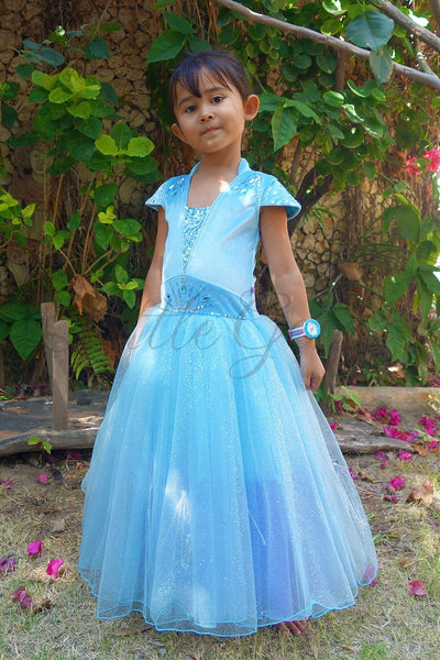 Queen Elsa Lightblue