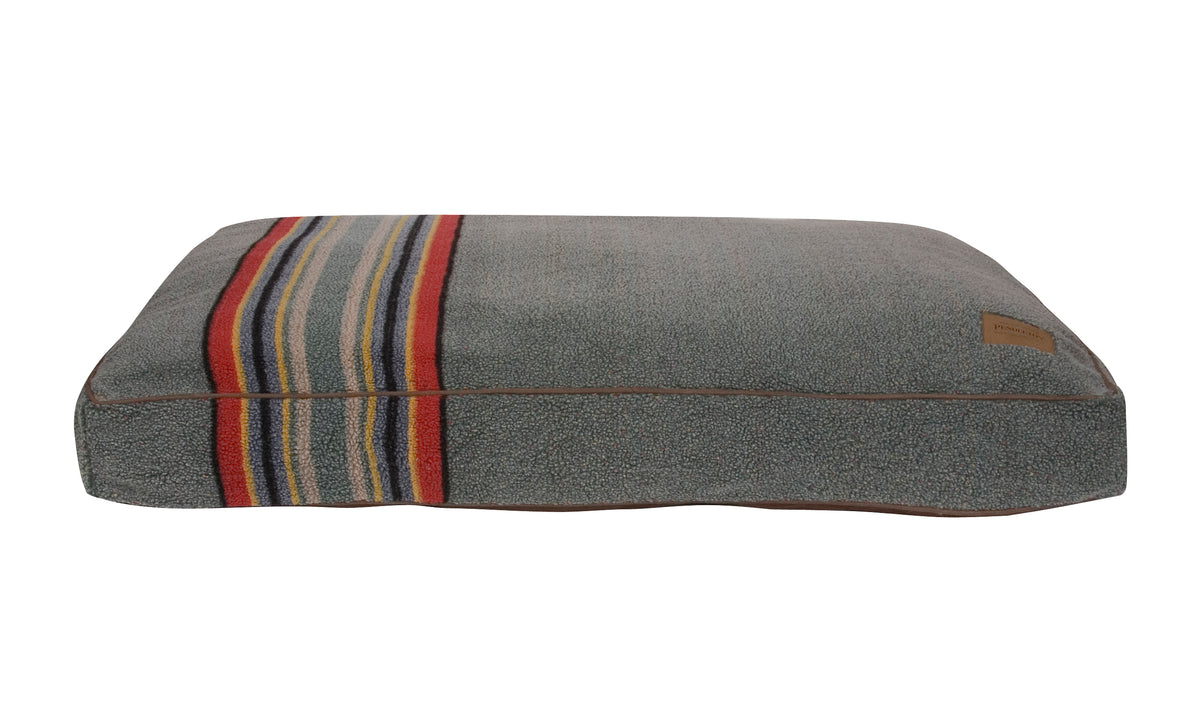 Yakima Camp (Green) Dog Bed