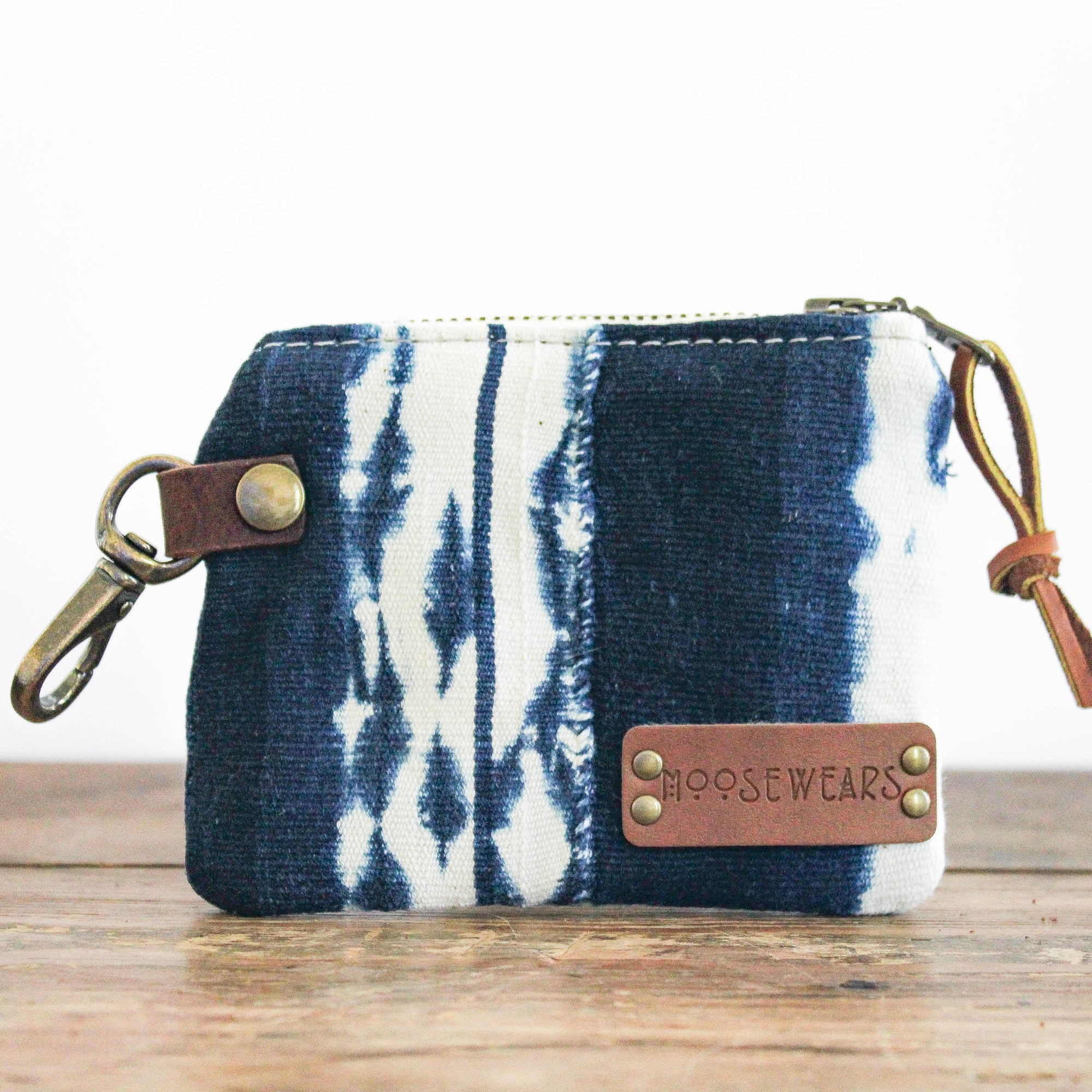 Shibori Leash Bag