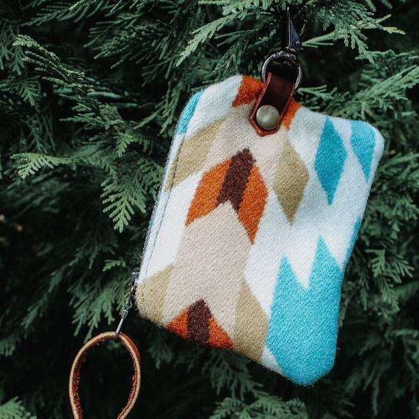 Pendleton Leash Bag