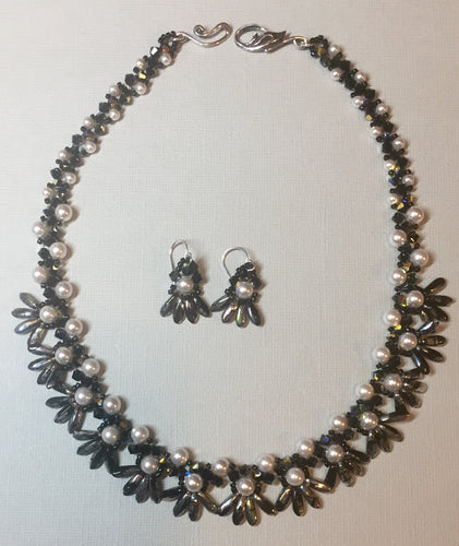 Pearls a Flutter Necklace