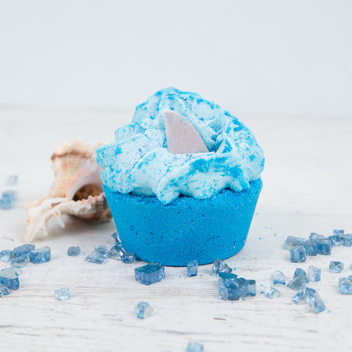 SHARK ENCOUNTER BATH BOMB CUPCAKE