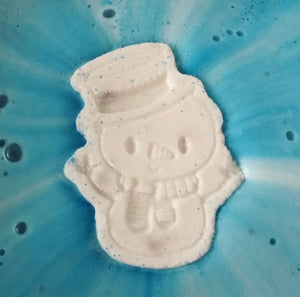 HAPPY SNOWMAN BATH BOMB