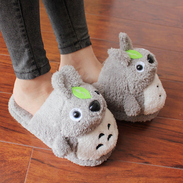 Totoro Plush Slippers With Leaf - Cute Totoro: My Neighbor Totoro