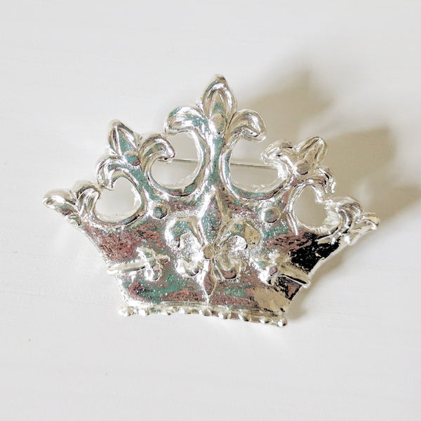 Crown Pendant / Pin