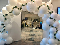 Custom order - Round Balloon garland and arch