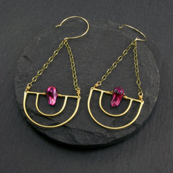 Serenity Earrings - Fuchsia