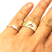 Load image into Gallery viewer, Brachiosaurus Dinosaur Couple Promise Ring