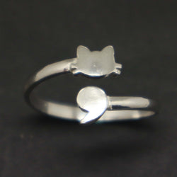 Semicolon Ring with Cat