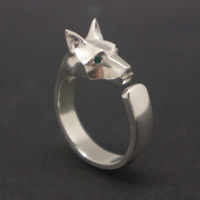 Load image into Gallery viewer, Silver Wolf Head Ring