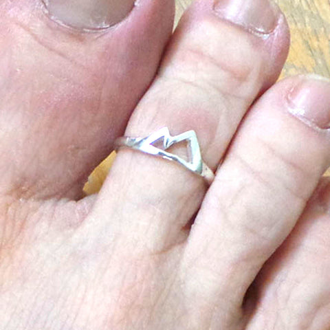 Silver Mountain Range Toe Ring
