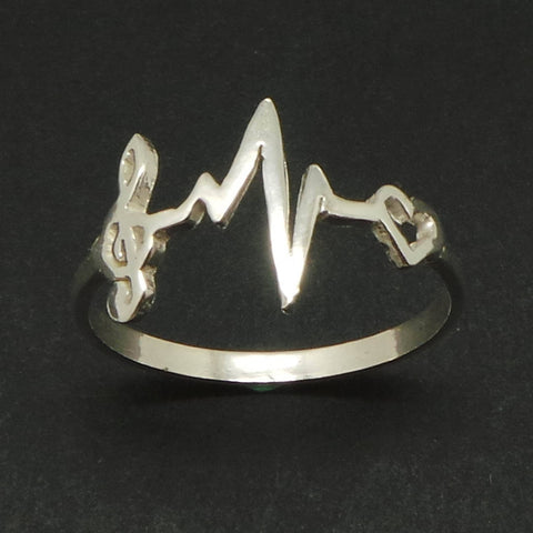 Treble Clef Music Note Heartbeat Ring