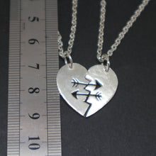 Load image into Gallery viewer, Arrow Best Friend Couple Necklace