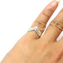 Load image into Gallery viewer, Set of 3 Chevron Ring