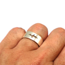 Load image into Gallery viewer, Bird Dove Couple Rings Set