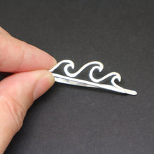 Load image into Gallery viewer, Silver Wave Tie Clip