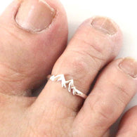 Mountain Adjustable Toe Ring