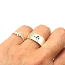 Load image into Gallery viewer, Plane Couple Promise Ring Set