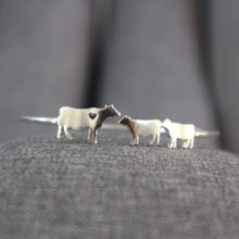 Load image into Gallery viewer, Silver Mother Daughter Cow Bracelet