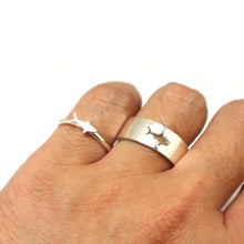 Load image into Gallery viewer, Shark Couple Promise Ring Set