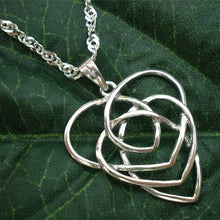 Load image into Gallery viewer, Celtic Knot Motherhood Necklace