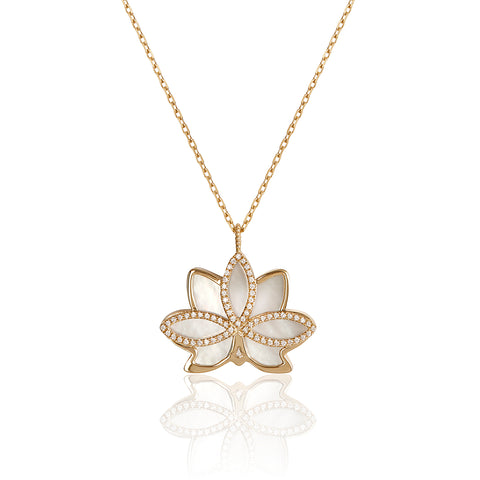 "Nelumbo ""LONG"" Shell Necklace"