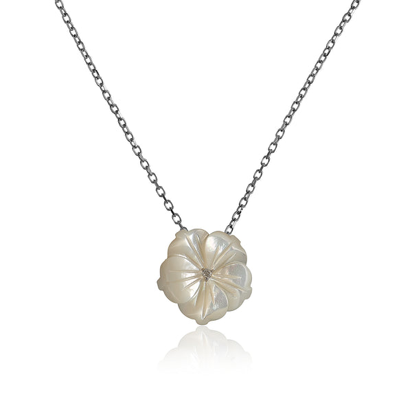 White Shell Flower Necklace