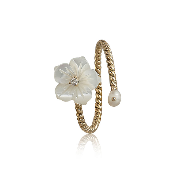 White 'N Pearl Wrap Flower Ring
