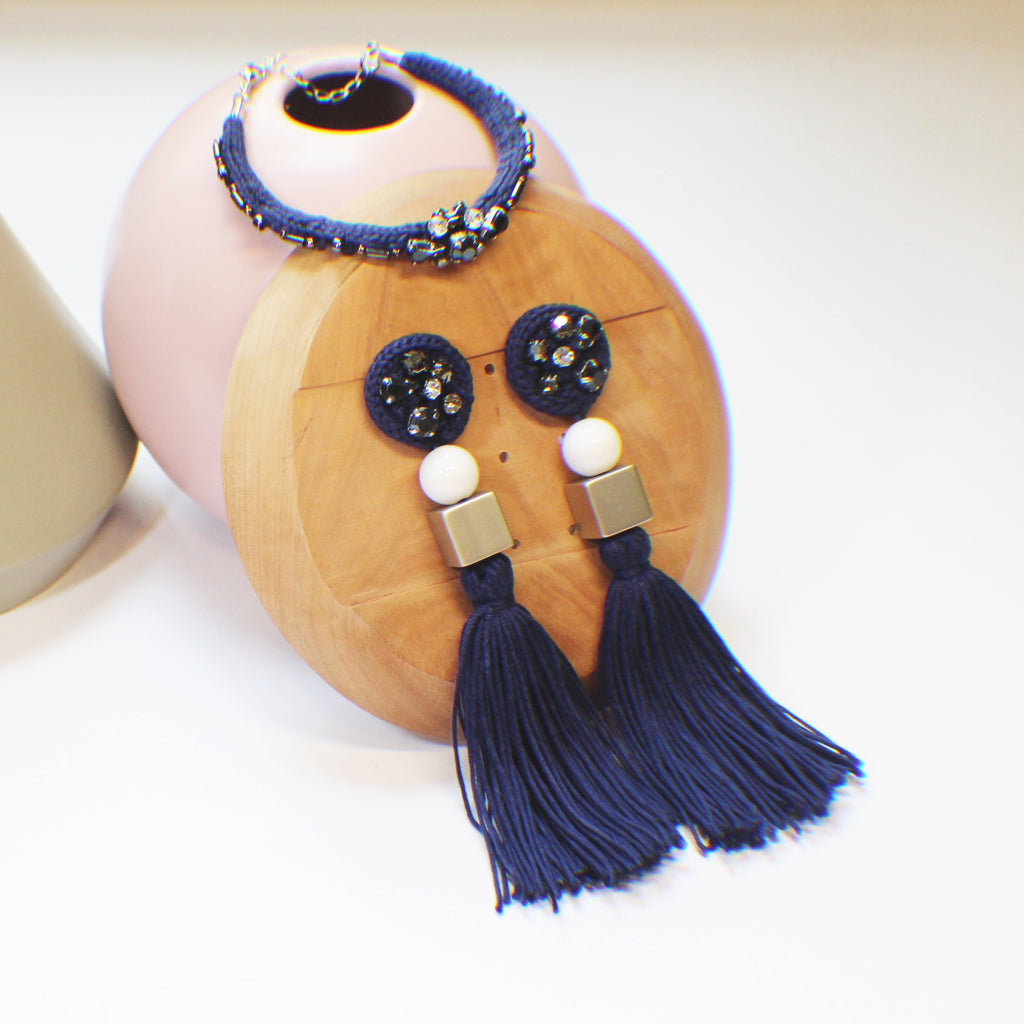 Accessories set: Handmade fringed earrings Hand woven bracelet with sparkling beadings - Navy Blue