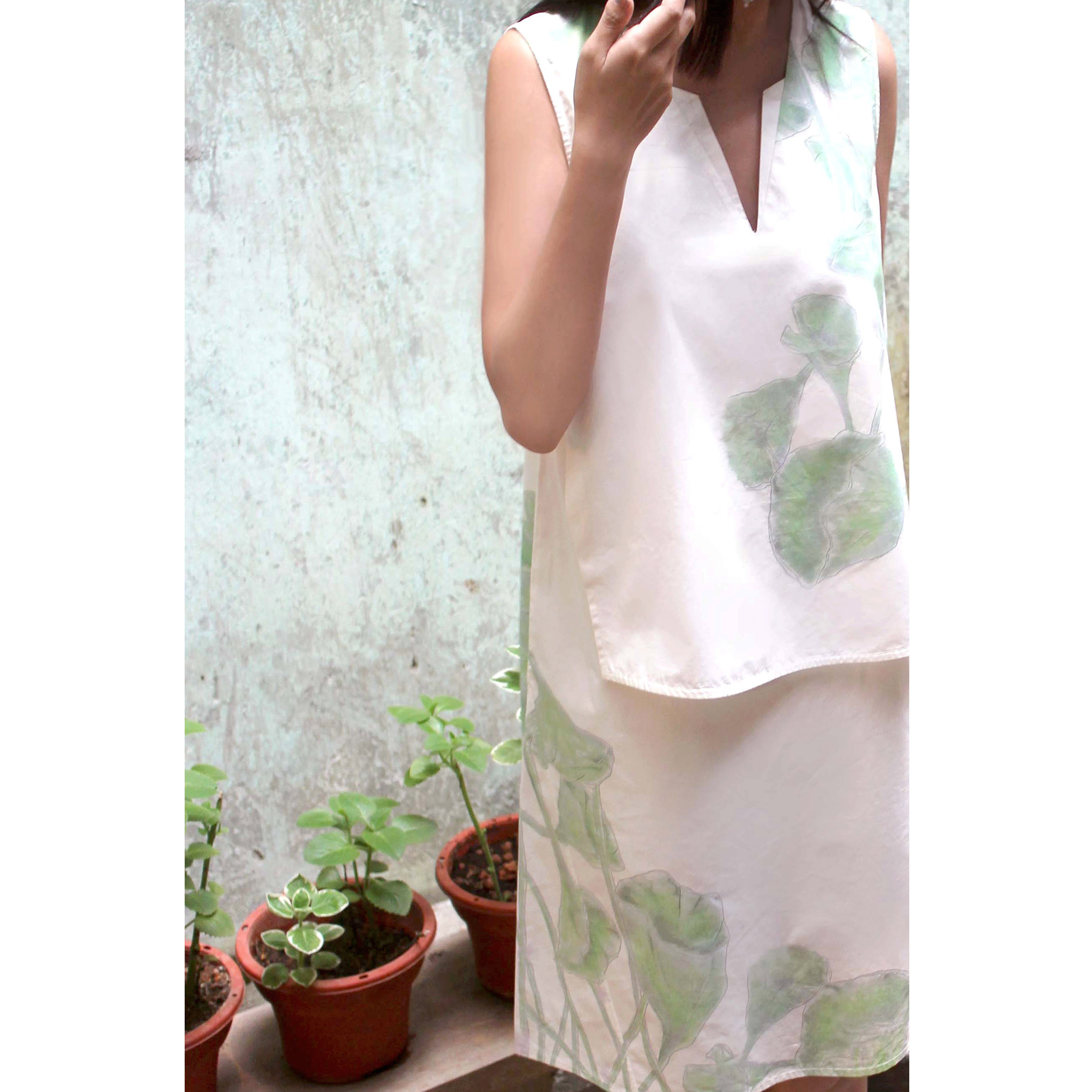 Hand drawn leaf print one piece white dress