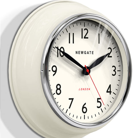 Newgate Clock - The Cookhouse (Linen White)