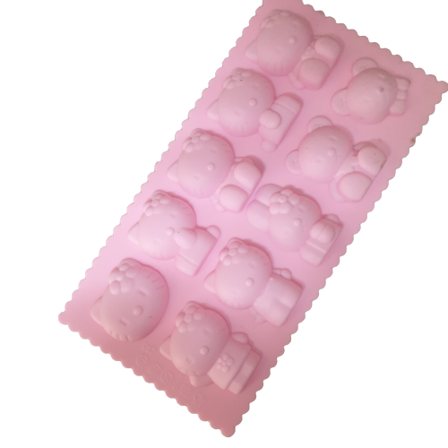 Hello Kitty silicone fondant mould. size of mould 21.5x11.5cm