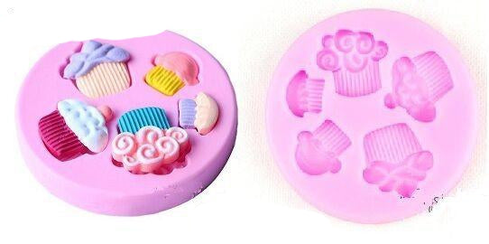 Cupcakes silicone mould, size of middle cupcake 2.5x2.5cm