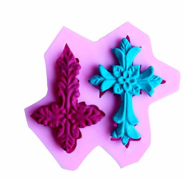 Silicone fondant cross mould, size of actual cross +-4.7x3.3cm