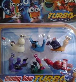 Turbo figurine set 6cm - can work as cake topper
