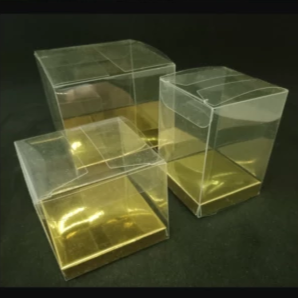 Clear Plastic Box with gold base for cupcakes or favors, 7x7x7cm, 12 per pack