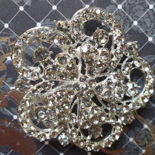 Diamante brooch for decor or cake decorating, 6.5cm G