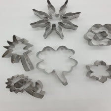 Metal Fondant cutters, flowers and leaves