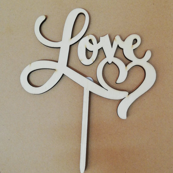 Love wooden cake topper, (Nr141)