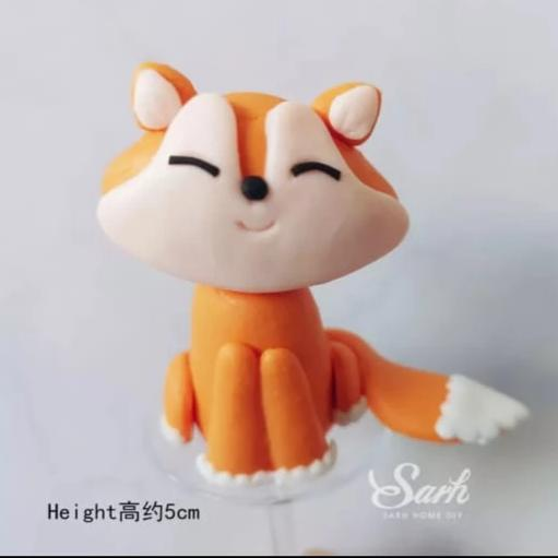Fox Clay Cake topper Figurine, 5.2x4cm