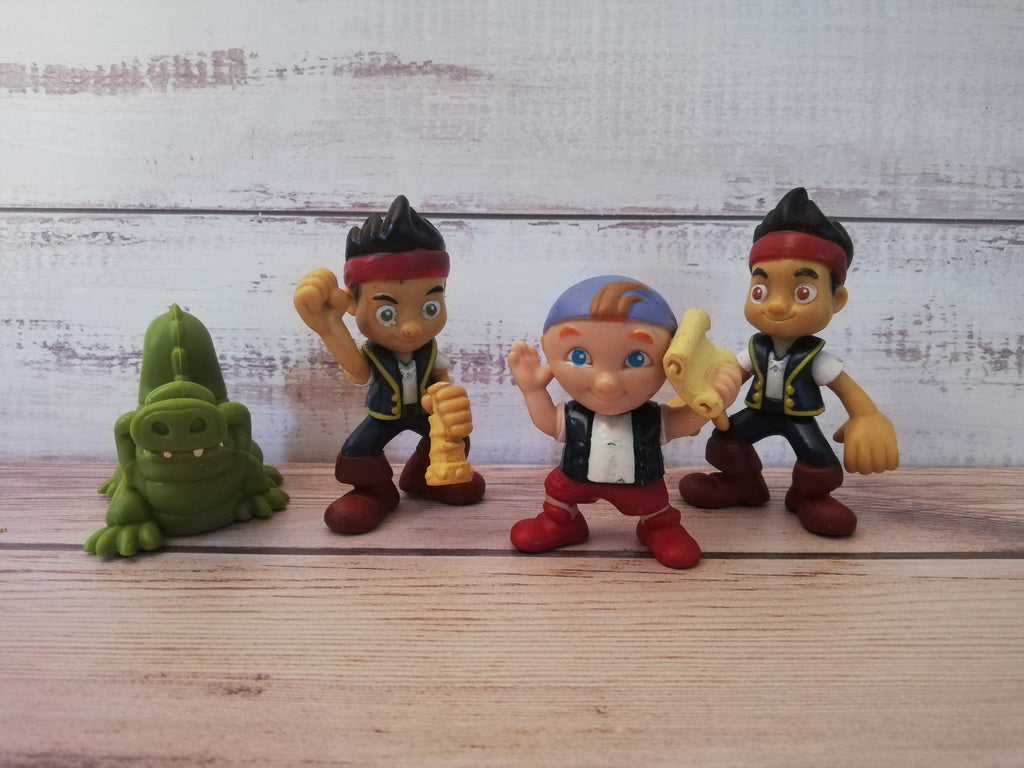 Jake and the neverland pirate figurine set, size of Jake is 7.5cm