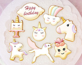 Unicorn plastic cookie cutter and stencil set, A