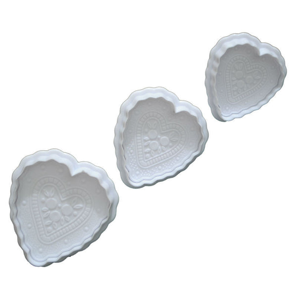Veined heart Fondant plunger Cutter set of 3. D