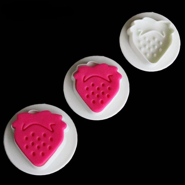 Strawberry Fondant plunger Cutter