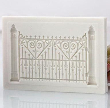 Vintage fence gate silicone mould, 6.3x4.3cm