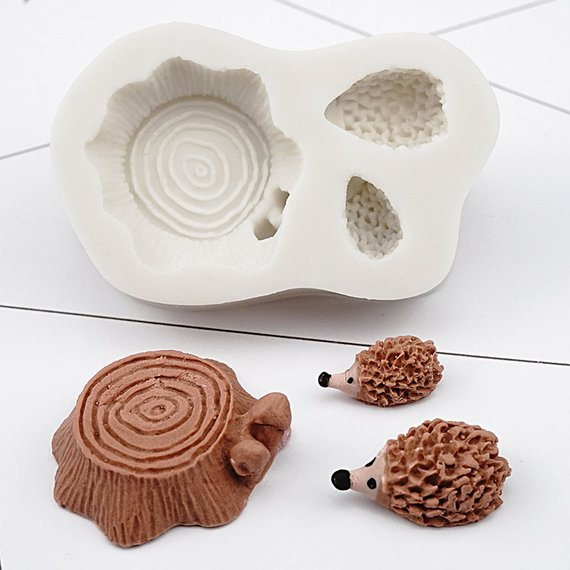Wood log and hedgehog silicone mould