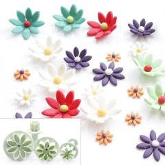 Fondant small daisy plunger Cutter. set of 4