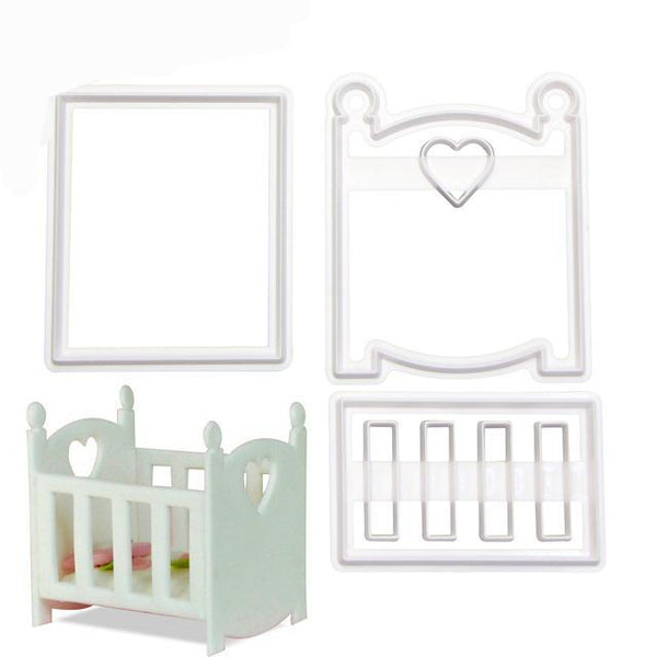 Plastic baby cot cutter, side 7.5x4.5cm