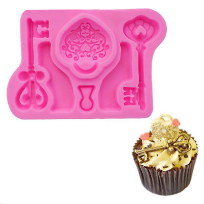 Silicone fondant Keys and lock mould, size of mould 7x6cm