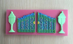 Silicone Gate and lamp fondant mold, size of mold 17x6cm